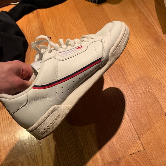 size 40 99d80 bcc67 Cream Adidas Continental 80 Off white